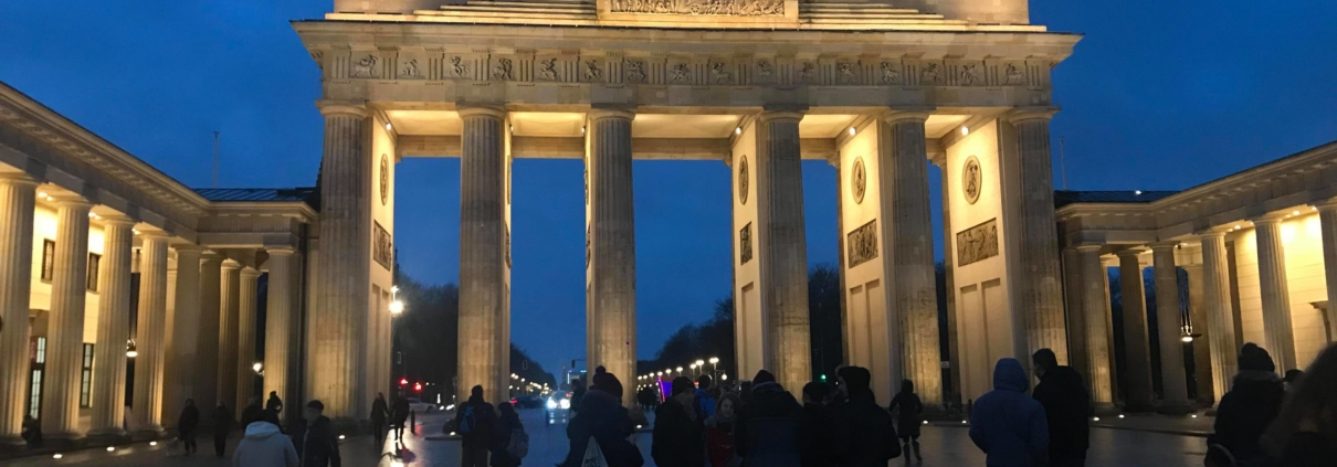Brandenburger Tor Is The Real Heart Of Berlin That S Why You Cannot Skip It Berlinoschule